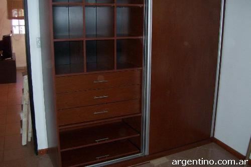 Fotos de vestidores e interiores de placard cocinas for Diseno de interiores quilmes