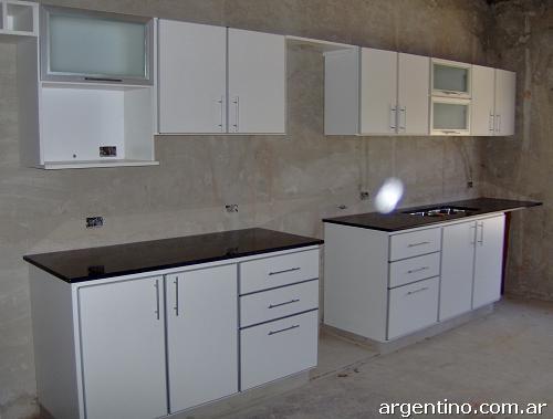 Fotos de muebles de cocina en melamina en pilar for Severino muebles cocina alacena melamina blanca