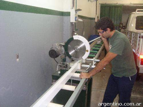 Ventana de aluminio corrediza en caseros tel fono for Carpinterias de aluminio en argentina