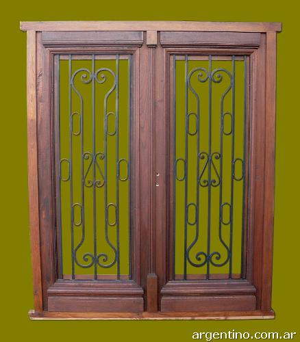 Puerta doble hoja de frente en madera de cedro en for Puerta doble madera