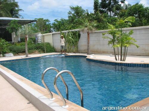 Construcci n de piscinas instalaci n de piletas pl sticas for Piscinas plasticas precios
