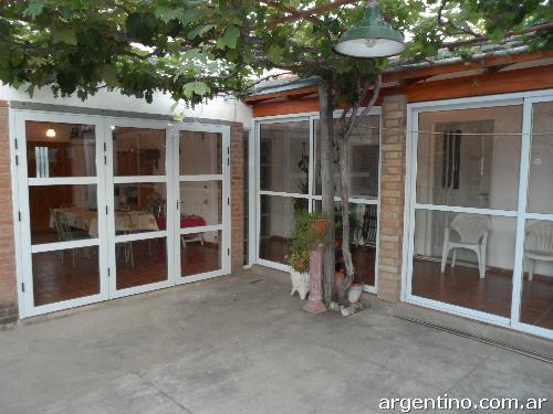 Fotos de aluminio gabo carpinter a en aluminio en pilar for Carpinterias de aluminio en argentina
