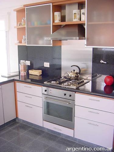 Muebles de cocina placares a medida en quilmes tel fono for Muebles a medida de cocina