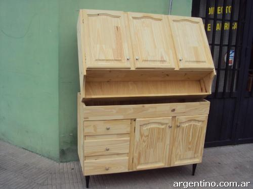 Fotos de mueblería de pino macizo, natural y lustrado en Rosario