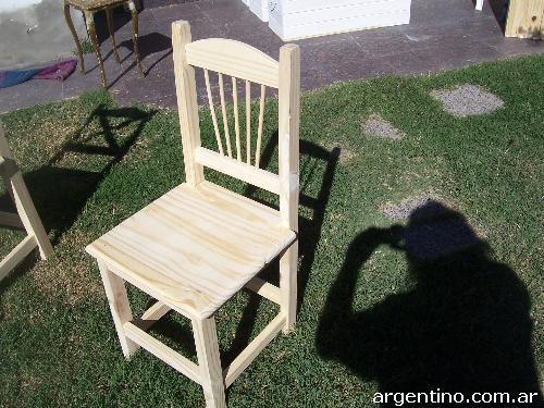 Fotos de mesa y silla de pino en Neuquén Capital