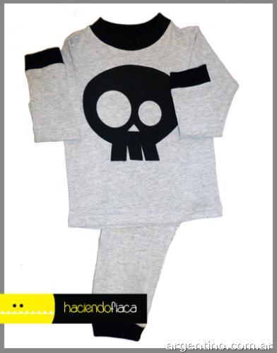 bf29a1bd7 Pijamas de algodón para niños haciendo fiaca en Núñez