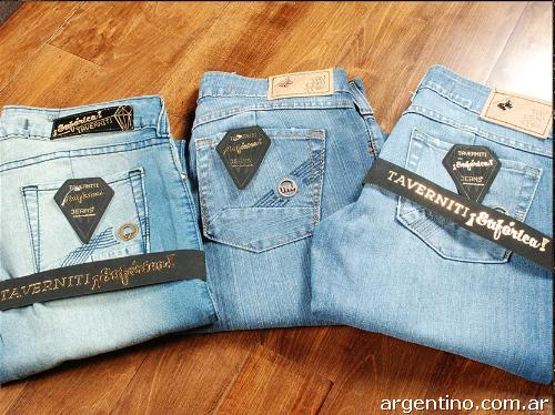 Jeans taverniti outlet en Villa Crespo