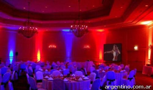 Alquiler de sonido e iluminaci n pantalla gigante - Iluminacion en salones ...