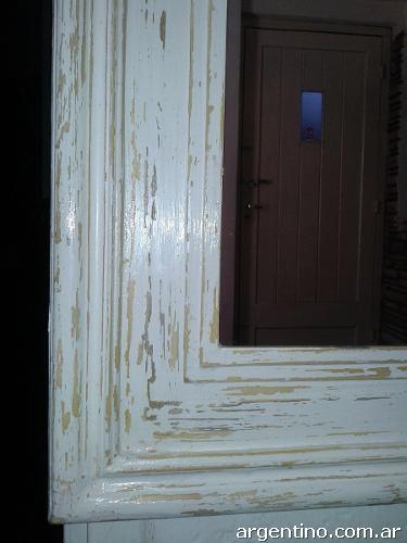 L monsh deco dise o espejos con marco de madera decap for Disenos de marcos de madera para espejos
