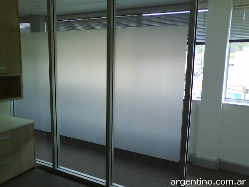 Vinilo arenado esmerilado para vidrios instalaciones en for Vinilos para mesas de cristal
