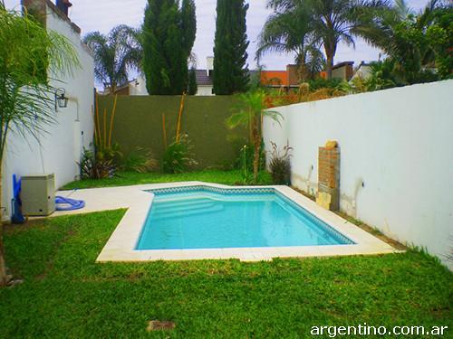 Construcci n de piscinas e hidromasajes en santa fe capital for Construccion de piscinas argentina