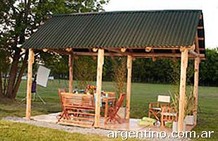 Fotos de quinchos de paja en moreno for Techos redondos fotos