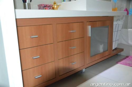 Fotos de muebles tyd madera melamina laqueados en quilmes for Muebles laqueados