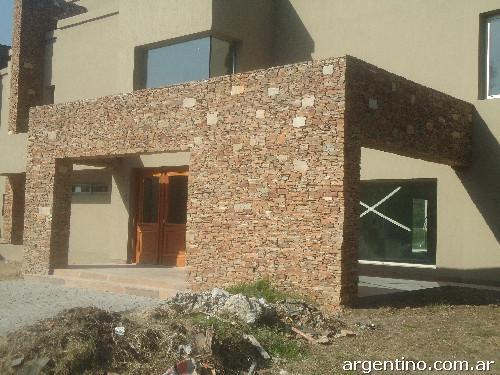Fotos de revestimientos en piedra en berazategui - Revestimientos en piedra ...