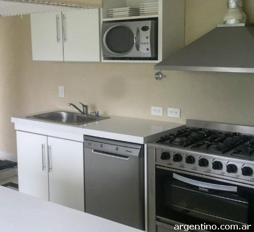 Fotos de muebles de cocina bajo mesada alacenas en san for Muebles de cocina xoane