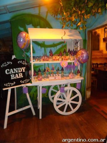 Alquiler de carrito kiosco o mesa 39 candy bar en ituzaing for Kiosco bar madera