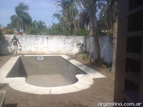 Summer piscinas construcci n de piletas de material en for Pileta material construccion
