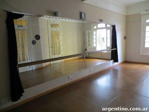 Alquiler de salas de danza y arte en Villa Urquiza  teléfono y dirección 89efa1f81f6d